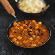 Kerala Style Vella Kadala Curry