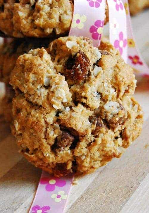 Oatmeal-Dates-Cookie