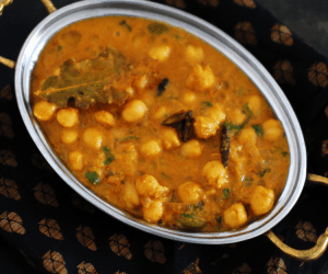 South Indian Restaurant Style Chana Masala